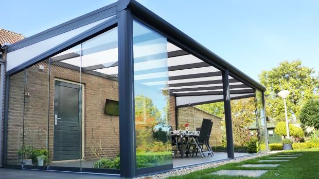 Aluminium terrasoverkapping met wanden en dak uit glas © Wemmenhove