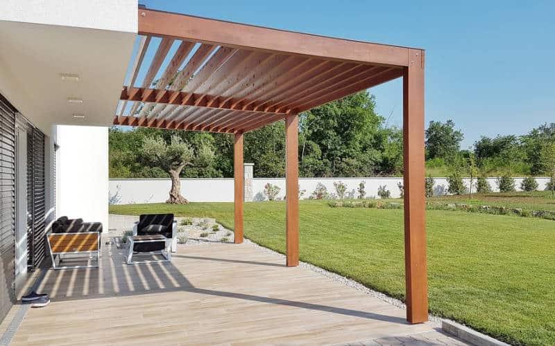 Moderne houten terrasoverkapping