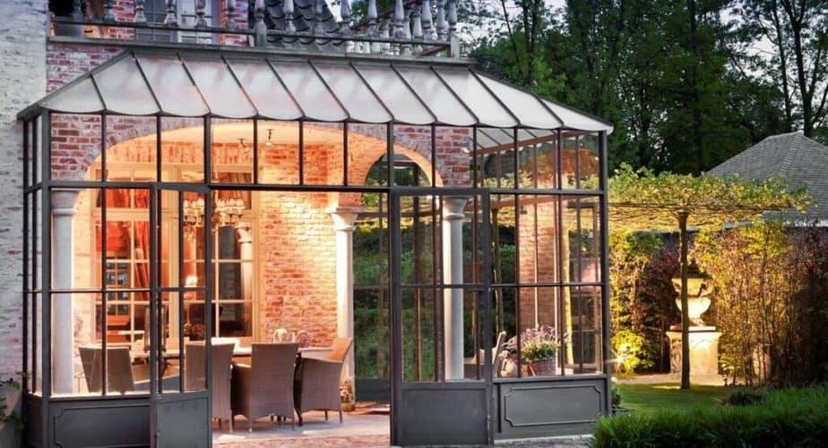 Gesloten smeedijzeren terrasoverkapping © De Nieuwe Smid